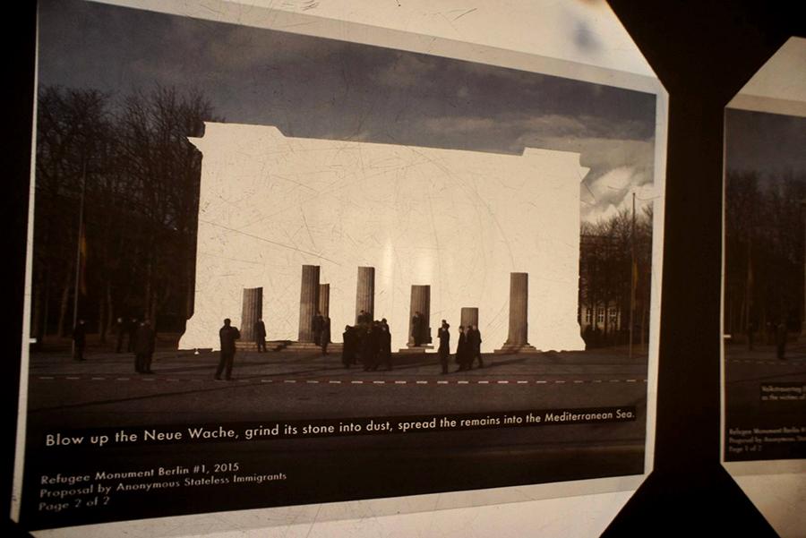 Neue Wache Refugee Monumenti herbstsalon ASI